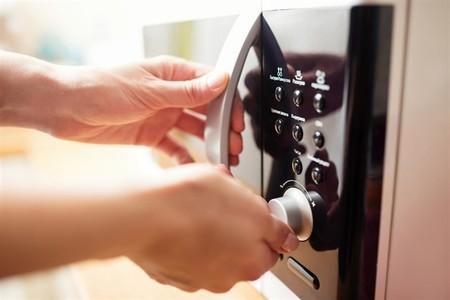 El extraordinario impacto en el medio ambiente del horno microondas