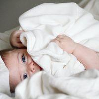 Dormir con tu bebé respetando vuestro espacio es posible con esta Chicco Next2me Dream que encontramos rebajada hoy en Amazon