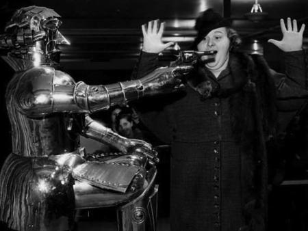 Si crees que el miedo a los robots, la IA y su impacto en economía es nuevo, mira qué pasaba en los años 30