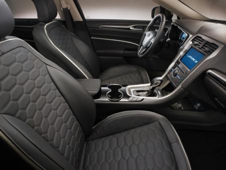 Ford Mondeo Vignale - cancelación de ruido