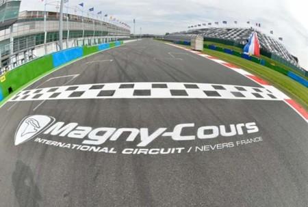 Penúltima cita del calendario en Magny-Cours con el subcampeonato de WSBK aún en el aire