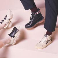 Marni viste cuatro firmas de zapatos y las reinterpreta a su manera