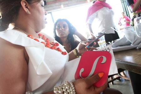 SheTaxi, un nuevo servicio de chofer privado para mujeres