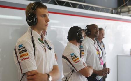 Sergey Sirotkin será el tercer piloto de Sauber
