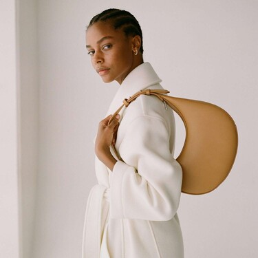 17 bolsos de Mango Outlet que prometen hacer brillar nuestros looks de invierno (y de verano)