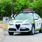 Un conductor cazado a 253 km/h por un radar da la vuelta para ver si le han hecho una foto y acaba en manos de la Guardia Civil