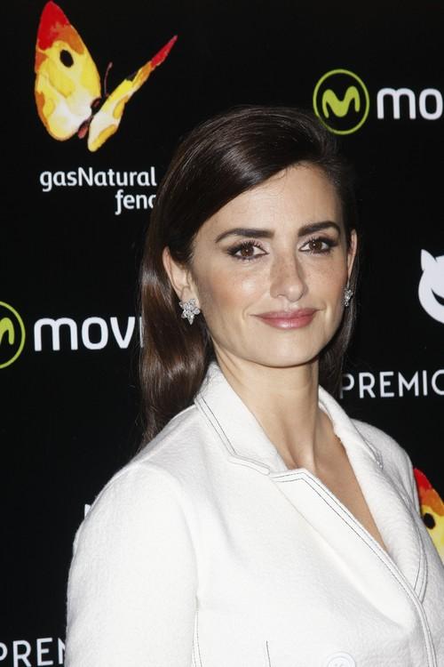 Las pecas de Penélope Cruz son las protagonistas de su look de los Premios Feroz