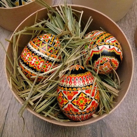 Huevos Pascua E