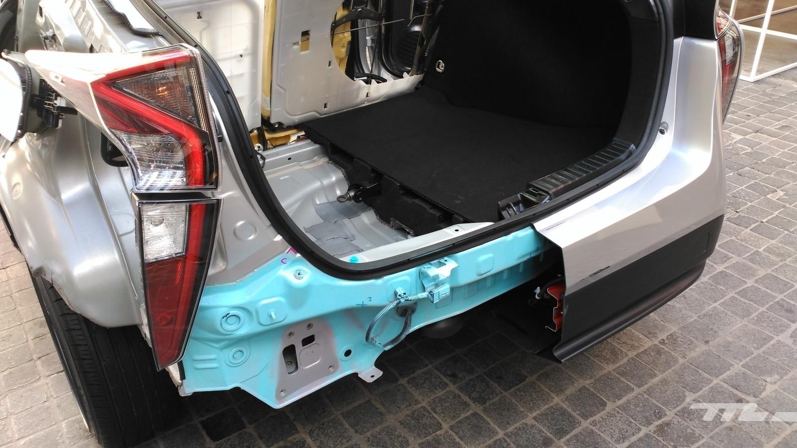 Foto de Toyota Prius 4G - contacto (27/48)