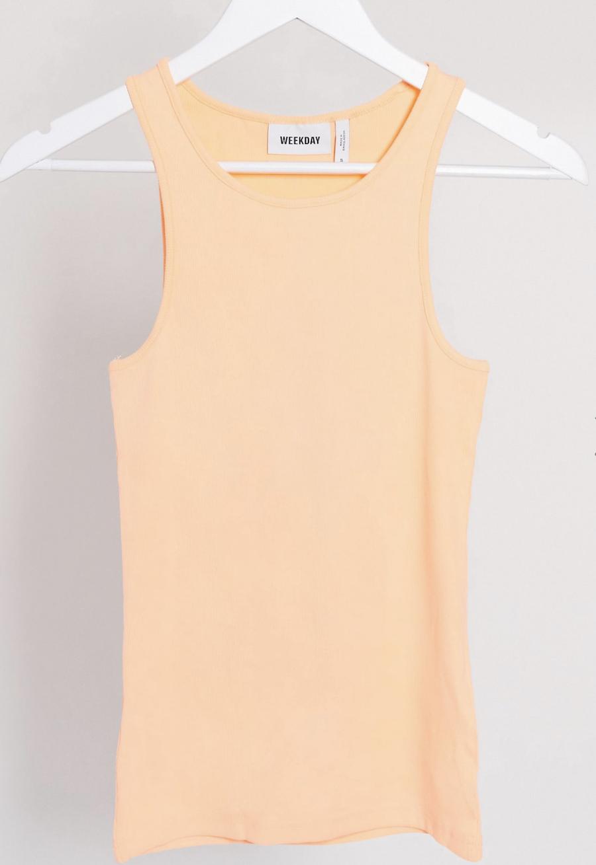 Top sin mangas de canalé en algodón orgánico color albaricoque Stella de Weekday