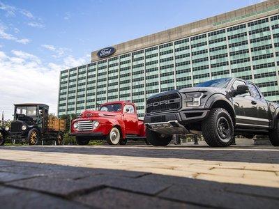 Las camionetas Ford celebran 100 años de historia y tradición