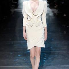 Foto 7 de 16 de la galería armani-prive-alta-costura-primavera-verano-2010-vestidos-de-noche-inspirados-en-la-luna en Trendencias