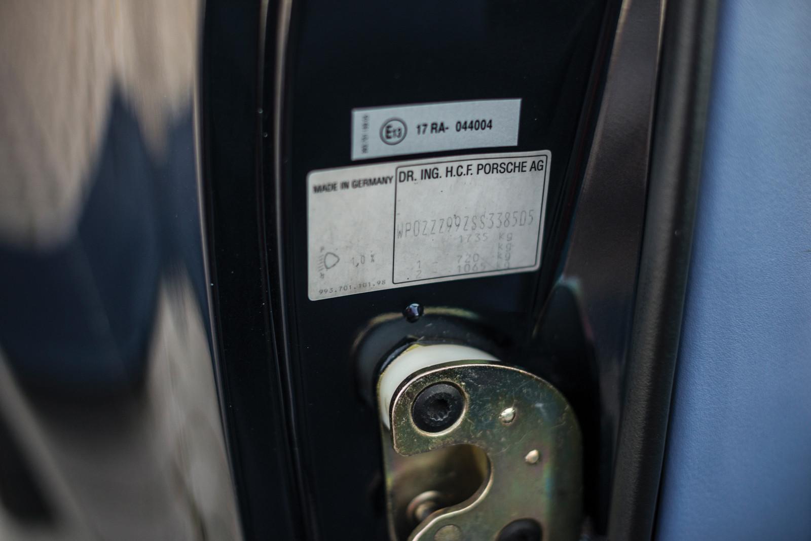 Foto de Porsche 993 Turbo Cabrio (17/18)