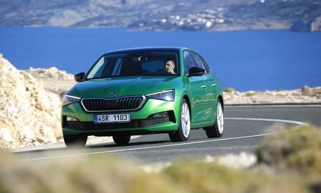 Probamos el Škoda Scala: un coche compacto con una habitabilidad de escándalo y con versión GNC en la oferta