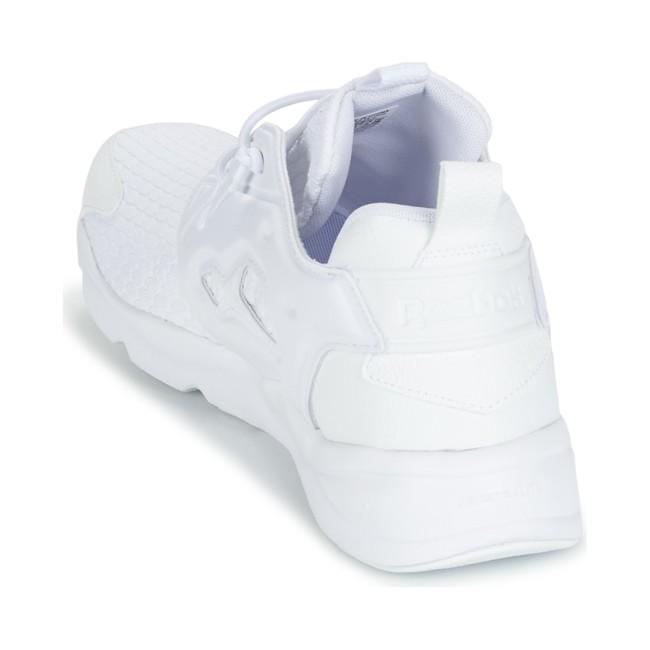 40% de descuento en las zapatillas