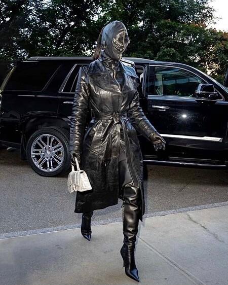 Kim Kardashian Total Look Balenciaga 02