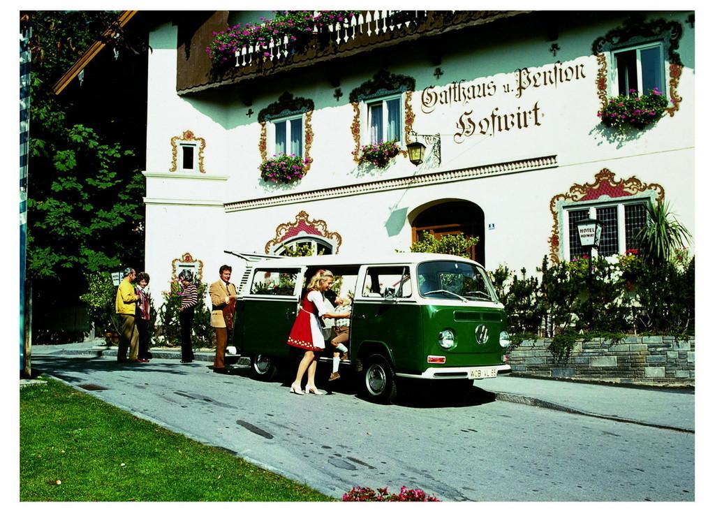Foto de 60 años del Volkswagen Bully (8/34)