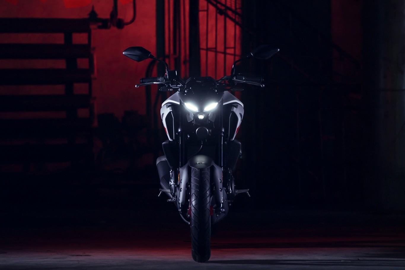 La nueva Yamaha MT-03 llegará en diciembre por 5.499 euros, una moto naked para el carnet A2 250 más cara