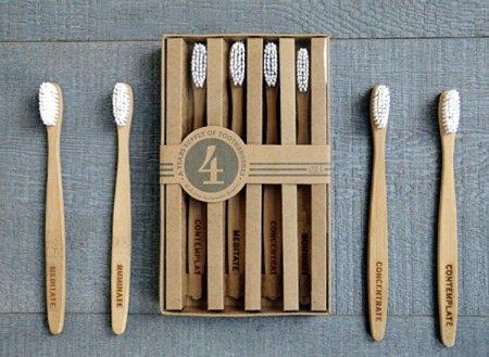 Cepillos de dientes de bambú desechables: por si tienes invitados