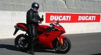Ducati 848 Evo, la prueba: equilibrio y disfrute en la pista