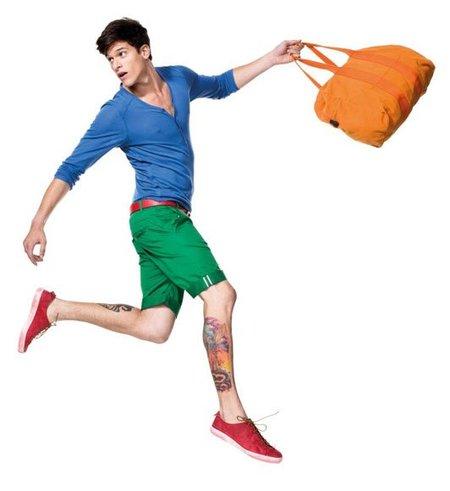 Benetton, erre que erre con el color block en su campaña Primavera-Verano 2012