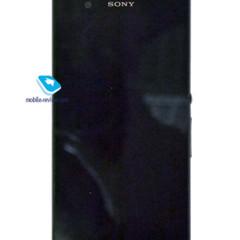 Foto 12 de 19 de la galería prototipo-del-sony-yuga en Xataka Android