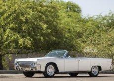 ¿Eres fan del Lincoln Continental y de los Kennedy? Esperamos que tu cuenta de banco sea tan grande como la de ellos