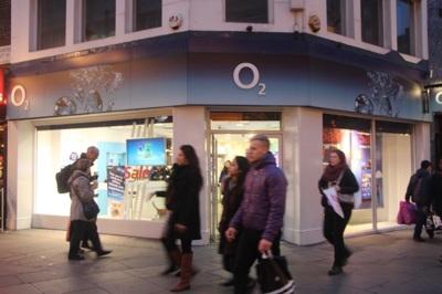 Tras salir de las islas británicas Telefónica se hace fuerte en Alemania, con la compra de licencias