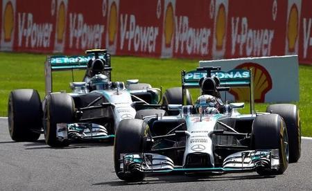 Mercedes AMG aplaza las conversaciones sobre la renovación de Lewis Hamilton
