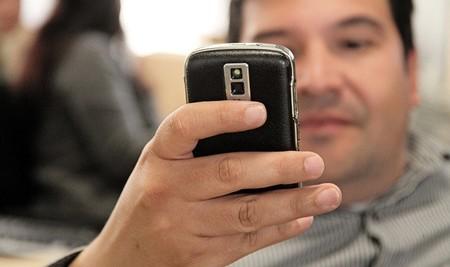 La UE quiere acabar con las tarifas de móviles internacionales
