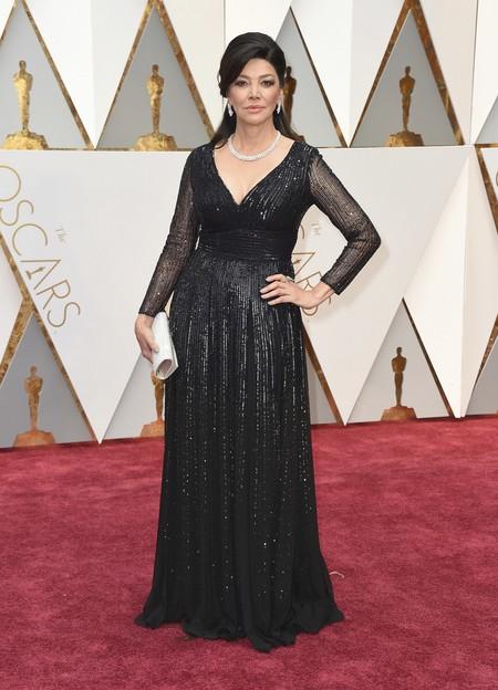 Shohreh Aghdashloo Escada Oscars2017