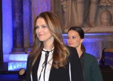 """Magdalena de Suecia comparte armario low-cost con doña Letizia, Zara se convierte en un """"must real"""""""