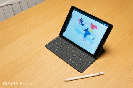 El iPad (2019) de 128 GB es una tableta que sirve tanto para trabajar como jugar, y está muy rebajada en eBay: 379,99 euros