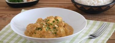 De pechuga, muslo, contramuslo o alitas: 13 recetas de pollo en salsa que son tan fáciles como sabrosas