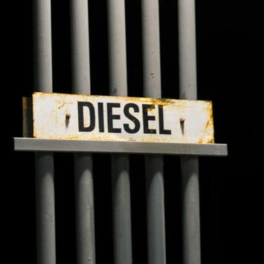 El enorme lío del diésel: por qué todo el mundo cree que el gasóleo está sentenciado, pero ese fin nunca acaba de llegar