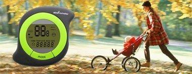Popurrí: cargador solar de pilas y carreras de coches de bebés