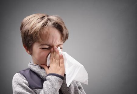 Nino Estornudando