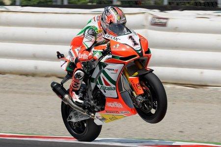 SBK Italia 2011: Max Biaggi da un golpe en la mesa y confirma la pole en Monza