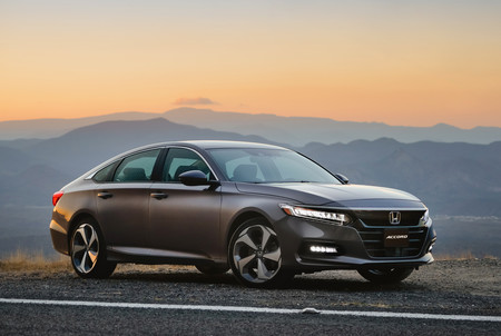 Honda Accord 2018 6