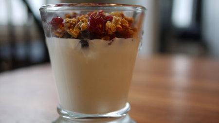 Comer yogur ayuda a prevenir la hipertensión