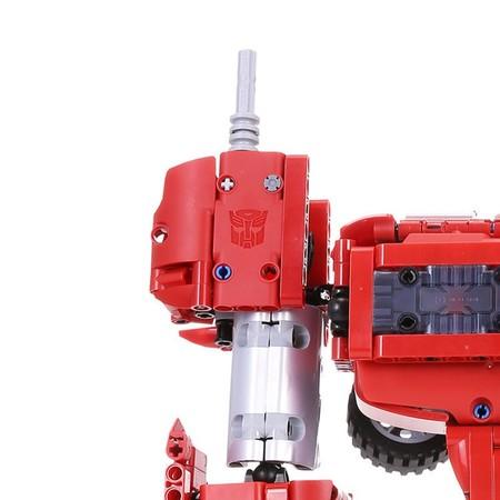 Xiaomi Hasbro Transformer Optimus Prime 11