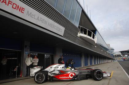 Ecclestone no quiere ver a McLaren en el último box