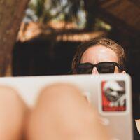 Sexo, siestas, compras online… El teletrabajo ha permitido que la gente se escaquee más durante la jornada
