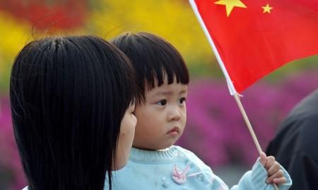 Tras cuatro décadas China termina oficialmente la política del hijo único