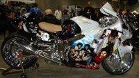 Si te gusta Michael Jackson... destroza tu Suzuki Hayabusa