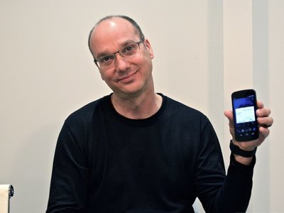 Andy Rubin, creador de Android, está por regresar a los smartphones para competir contra Apple y Google