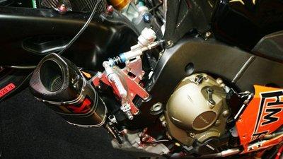 La organización del British Superbikes da el primer paso; adiós al control de tracción