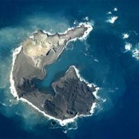 El espectáculo de ver nacer una isla de un volcán submarino