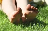 Consejos para mantener los pies en perfectas condiciones a lo largo de todo el año