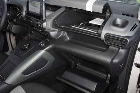 Citroën Berlingo 2020 huecos interiores